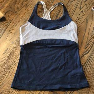 Zobha navy white stripe workout top sz 2